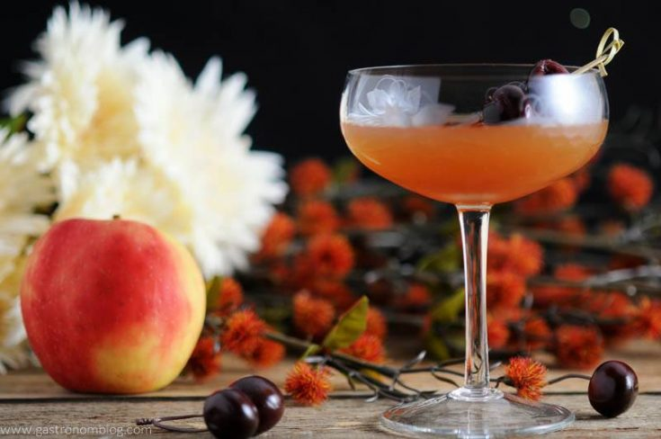 Apple Manhattan - Apple Cider Cocktail