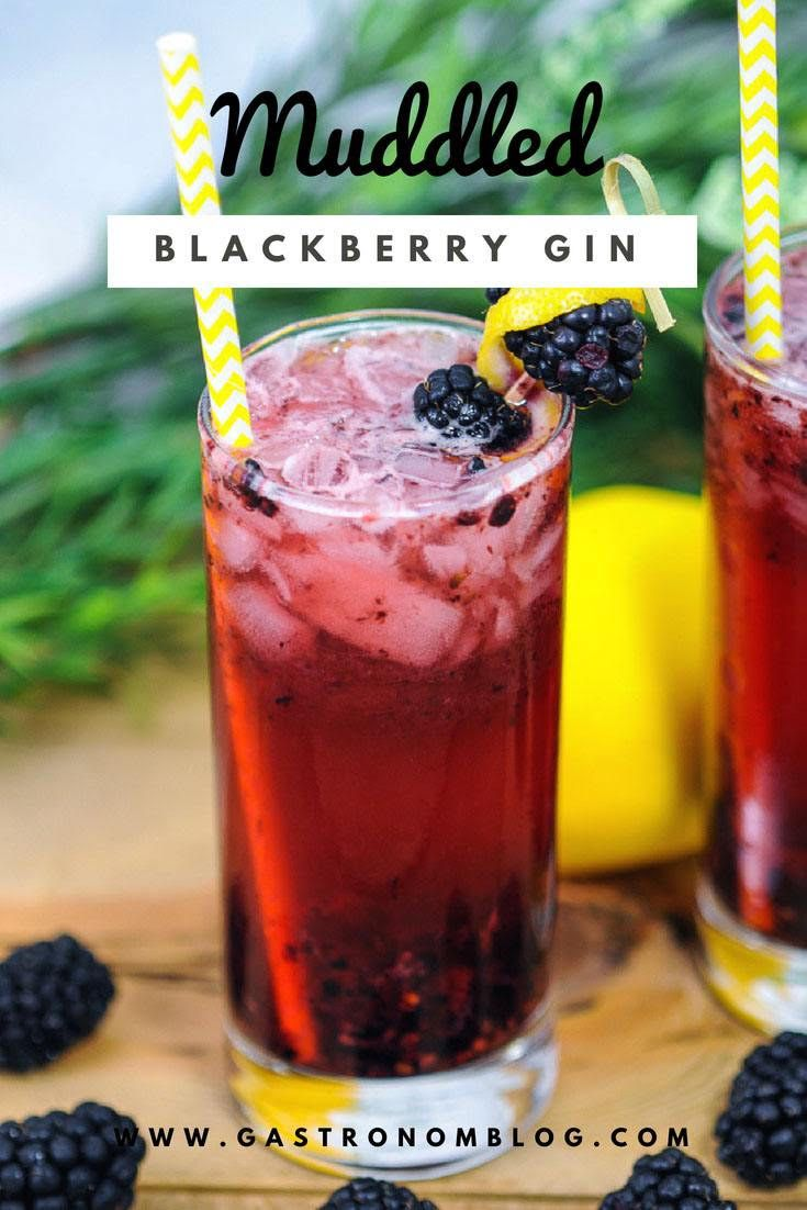 Muddled Blackberry Gin Cocktail - A great gin smash drink with fresh blueberries, simple syrup and lemon juice from Gastronomblog. Topped with gin and ginger beer. #cocktail #blackberry #lemon #gastronomblog #recipes