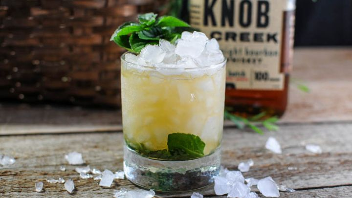 Kentucky Derby Cocktail - Classic Mint Julep Recipe | Gastronom Cocktails