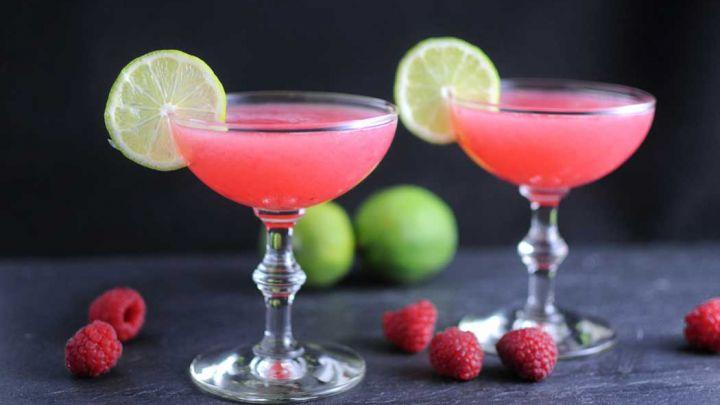 Raspberry Gimlet - A Raspberry Gin Cocktail