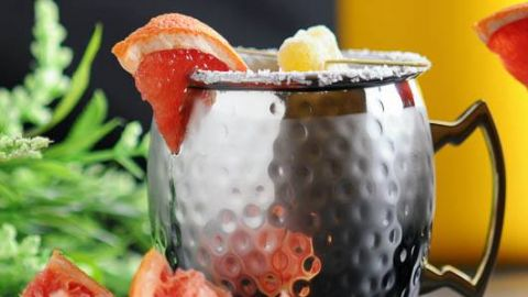 Grapefuit Smoked Salt London Mule - A Gin Cocktail