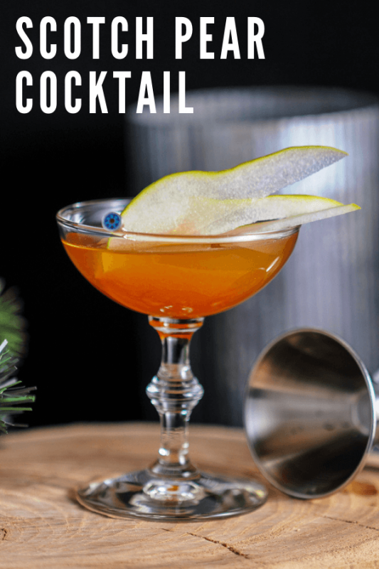 Orange Cocktail with pear slices