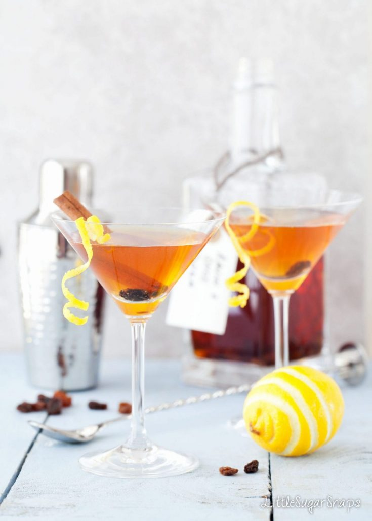Hot Cross Bun Easter Martini