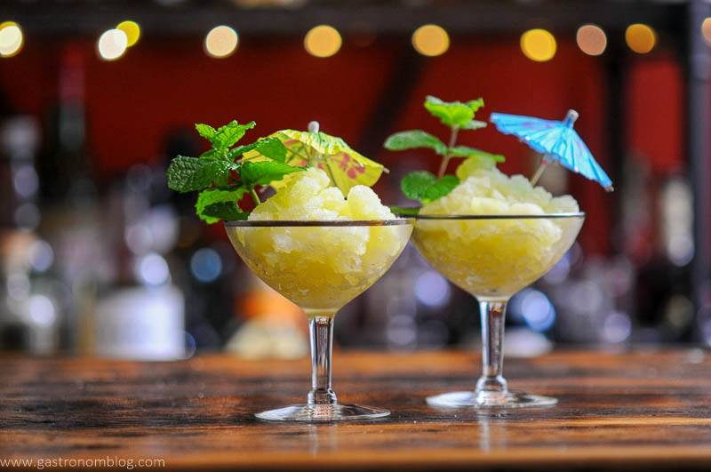 Yellow Granita in coupes