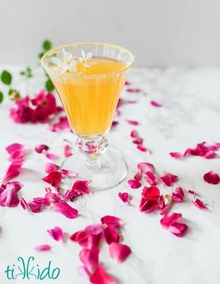 Elderflower Honey Peach Spring Cocktail Recipe